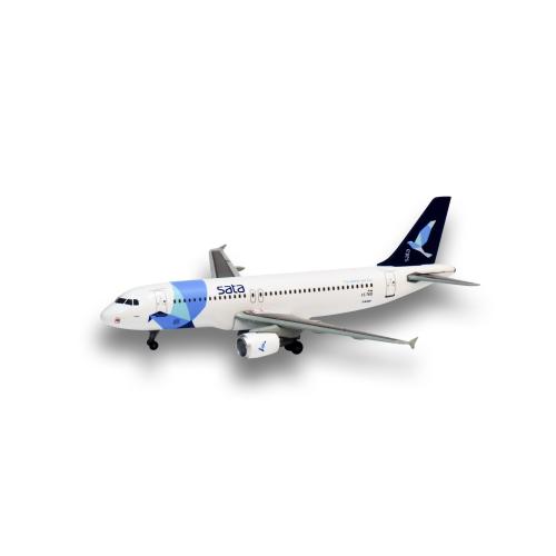 A320 CS-TKO 1:400